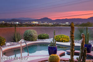 Magnificent Catalina Mountain & Tucson City Lights view