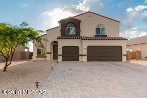 540 S Courts Redford Drive, Vail, AZ 85641