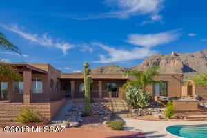 7107 N Chimney Rock Place, Tucson, AZ 85718