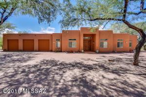 12522 E Kit Carson Place, Tucson, AZ 85749
