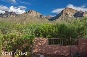 10275 N Alder Spring Drive, Oro Valley, AZ 85737
