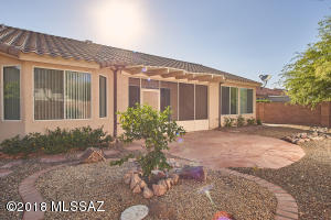 9864 N Scarlet Ranges Lane, Tucson, AZ 85743
