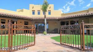2921 W Crystal View Court, Tucson, AZ 85742