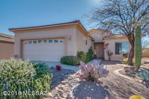 1881 W Calle Casas Lindas, Green Valley, AZ 85622