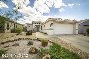 327 W Continental Vista Place, Green Valley, AZ 85614