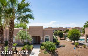 1861 W Demetrie Loop, Green Valley, AZ 85622