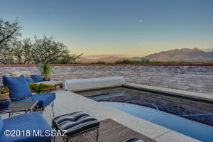 323 W Mission Twin Buttes Road, Green Valley, AZ 85622