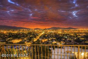 20 S Panorama Circle, Tucson, AZ 85745