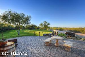 8620 N Mesquite Oasis Road, Marana, AZ 85653