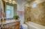 En-suite Bedroom with tub/shower upgraded finishes