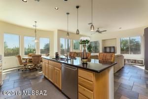 13099 W Butter Bush Street, Tucson, AZ 85743