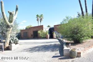 7402 E Calle Agerrida, Tucson, AZ 85750