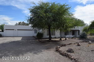 6900 W Chervil Place, Tucson, AZ 85743