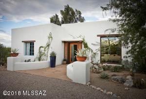 4930 N Calle La Vela, Tucson, AZ 85718