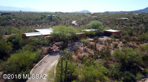 2950 N Camino de Oeste, Tucson, AZ 85745