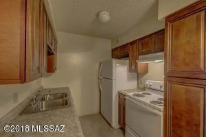 451 W Yucca Court, 215, Tucson, AZ 85704