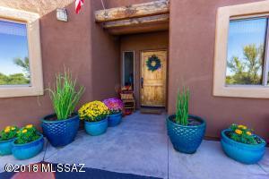 10408 N Pecan Place, Oro Valley, AZ 85737