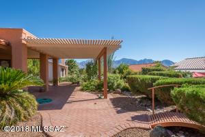 14645 N Spanish Garden Lane, Oro Valley, AZ 85755