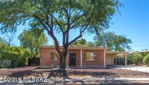 1122 E Seneca Street, Tucson, AZ 85719