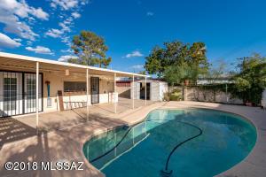 7024 E Kirkland Drive, Tucson, AZ 85710