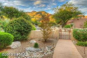 6330 N Calle Tregua Serena, Tucson, AZ 85750