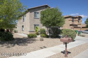 764 W Calle Ormino, Sahuarita, AZ 85629