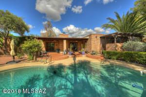 6240 N Camino Miraval, Tucson, AZ 85718