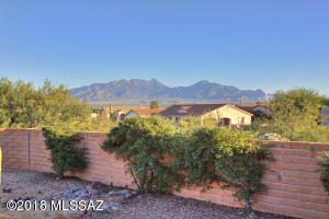 1017 W Camino Delicias, Green Valley, AZ 85614