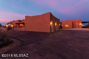 480 N Solar Drive, Vail, AZ 85641