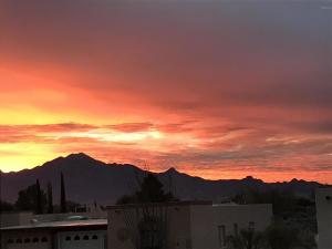 2871 S Camino El Greco, Green Valley, AZ 85622