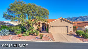 Desirable Updated Madera Model on Prime View Lot