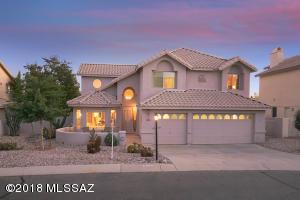 10725 N Glen Abbey Drive, Oro Valley, AZ 85737