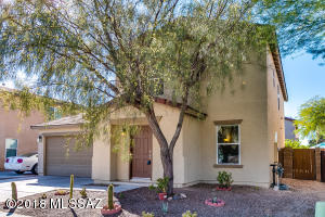 3421 N Winding River Way, Tucson, AZ 85712