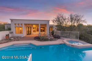 Home sits on private lot at the end of a cul-de-sac, gated community