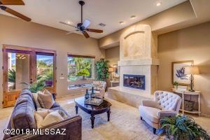 1719 W Moore Road, Tucson, AZ 85755