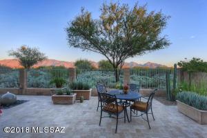 13470 N Atalaya Way N, Oro Valley, AZ 85755