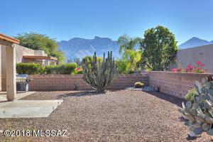 573 Pyramid Point Court, Oro Valley, AZ 85737
