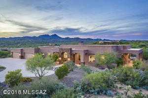 "Serenity exudes at ""Tranquilla nel Deserto"" in well-built single-story 4,709sf, 5BR, 5½BA"