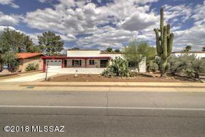 329 S Abrego Drive, Green Valley, AZ 85614