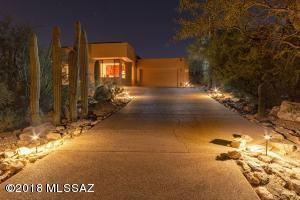 10200 E Sabino Estates Drive, Tucson, AZ 85749