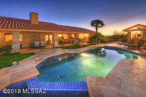 6530 E Golden Hills Place, Tucson, AZ 85750