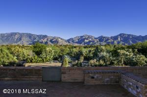 13774 N Lobelia Way, Oro Valley, AZ 85755
