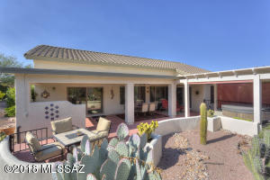 1744 N Laguna Oaks Drive, Green Valley, AZ 85614