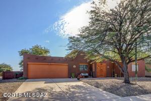 8942 N Palm Brook Drive, Tucson, AZ 85743