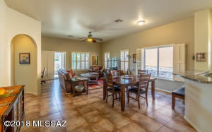 13521 N Holly Grape Drive, Marana, AZ 85658