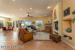 13457 N Heritage Gateway Avenue, Marana, AZ 85658