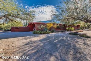 6628 N Los Arboles Circle, Tucson, AZ 85704