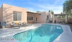 10201 N Tarheel Place, Tucson, AZ 85737