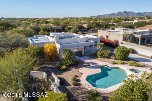 11272 N Meadow Sage Drive, Oro Valley, AZ 85737