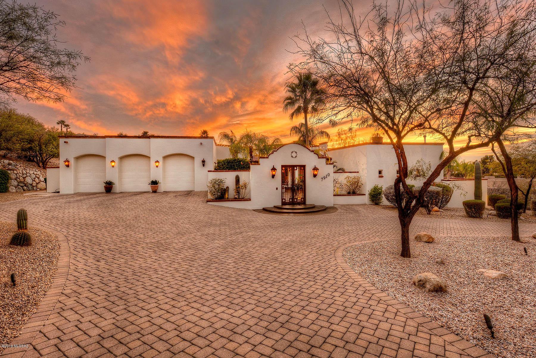Tucson, AZ 85742 · Spanish Colonial